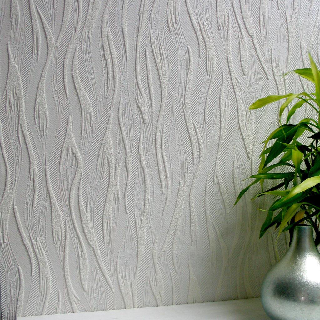 Bei Der Verwendung Von Flizelin Tapeten Für Die Küche Wird Zuerst Leim Auf  Die Wände Aufgetragen. Das Material Wird Einfach Auf Die Trockenbleibenden  ...